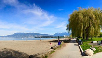 Kitsilano Beach looking downtown. Photo by JaamesZ_Flickr. Licensed under CC BY 2.0